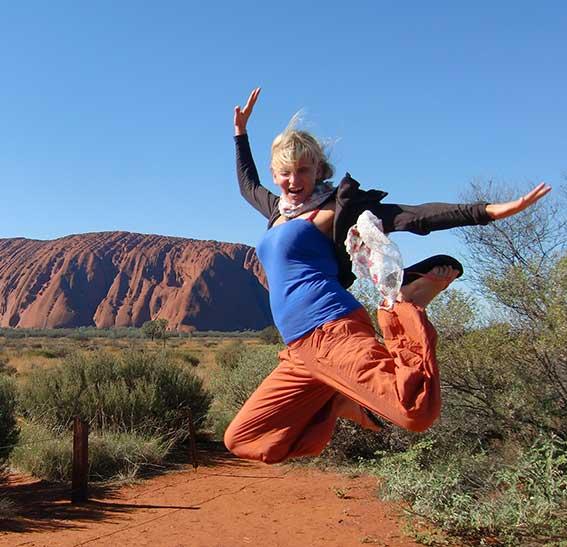 Salto al frente del Uluru